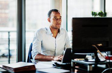Por que sua empresa não pode ficar sem um software de gestão empresarial?